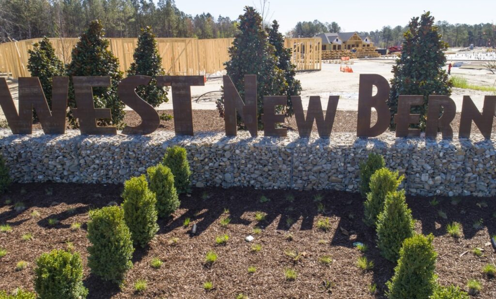 West-New-Bern-Roundabout